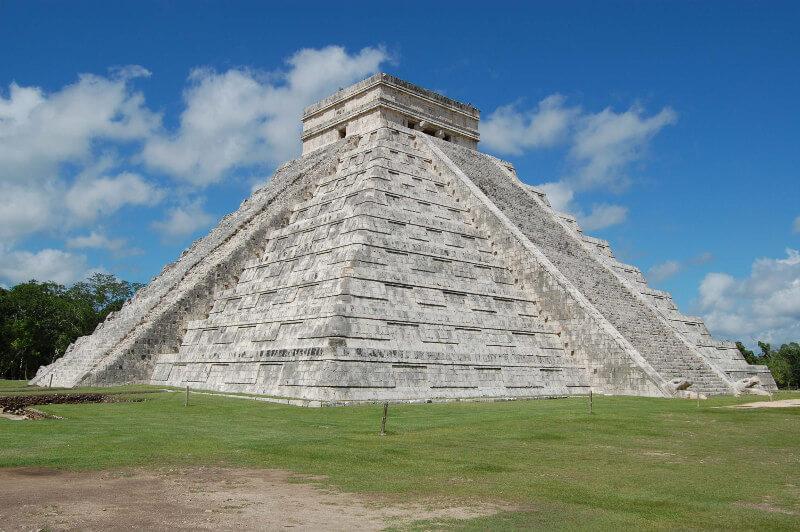 estructura-templo-maya